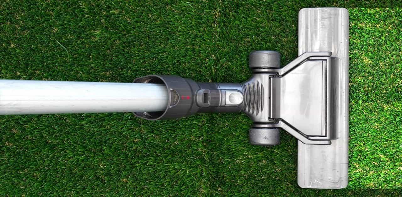 can you vacuum artificial grass